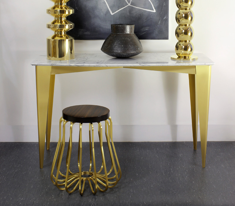 Rococo Petite with Prism Table